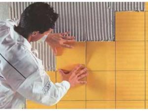 Технология укладки плитки на стену