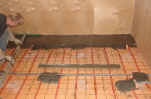 Бетонная стяжка на деревянном полу