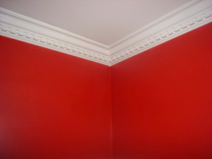 crown_molding_red-wall-1024x768